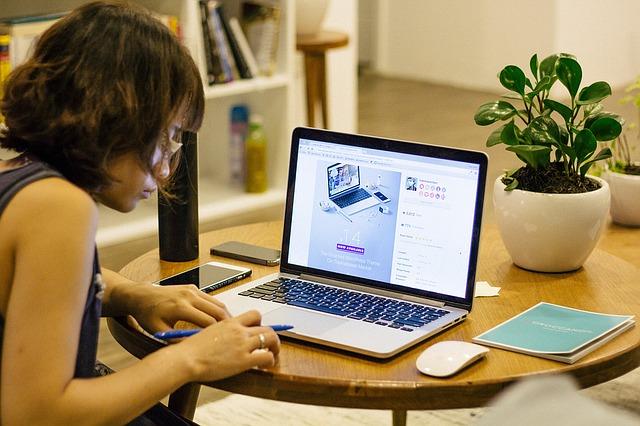 Office worker laptop